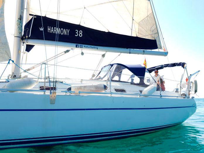 Navegar en velero por Oropesa